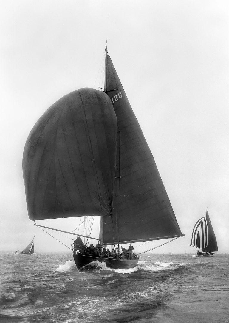 FOXHOUND Sailing