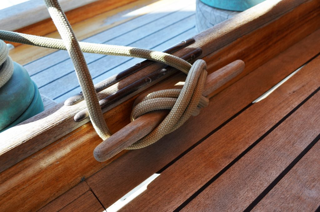 Deck cleats